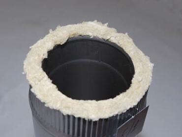 Некачественная забивка не термостойкой изоляцией.
